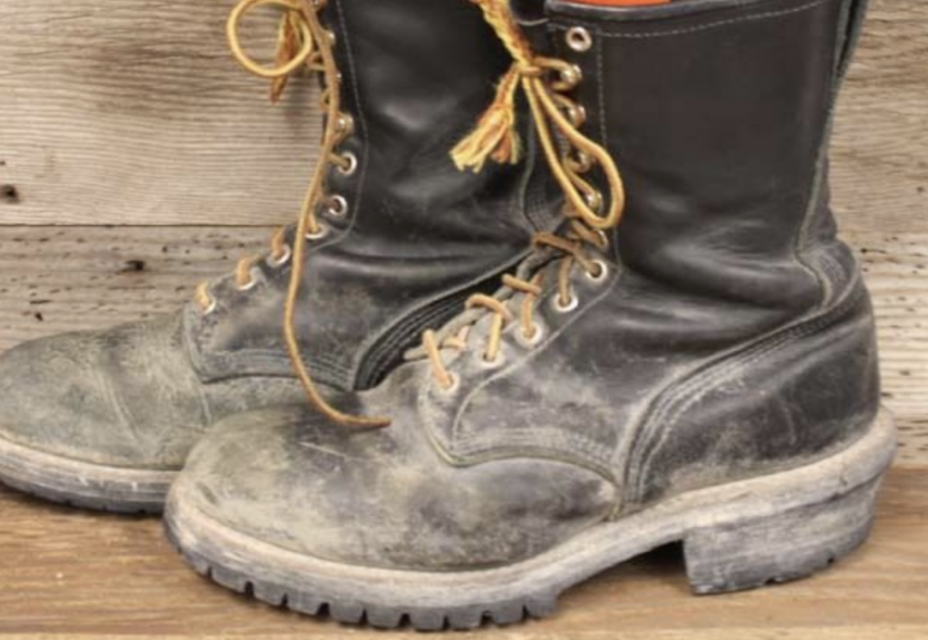 877adbad1c2 Gear: Would you Run 3 Miles for Time in These Boots? - Mountain ...